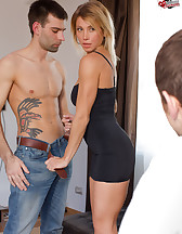 Lazy hubby gets cuckolded