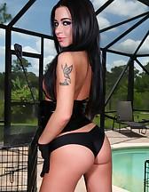 Adriana Lynn in Latex, pic #12