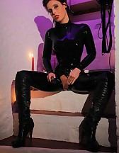 Sizzling Hot Catsuit, pic #9