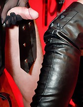 Dominatrix Annabelle and Slave, pic #9