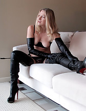 Leather Love, pic #1