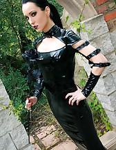 Dark Princess in shiny black PVC, pic #1