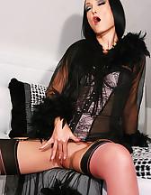 Morning masturbation in hot nylons, pic #6