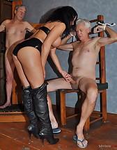 Sissy slave, pic #5
