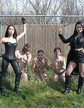 Loaded Slave Hunt, pic #1
