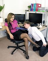 Demanding Lady Boss, pic #2