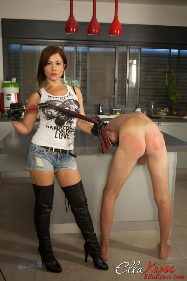 Ball busting pornstar cutie ashlynn brooke loves cocks 3