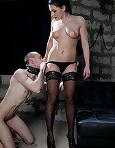 Femdom oral pleasures, pic #6