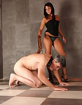 Flogged pee drinker, pic #8