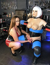 Dungeon Dolly Milking, pic #5