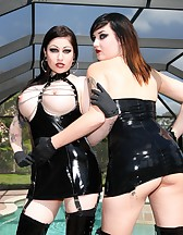 2 Mistresses in action, pic #7