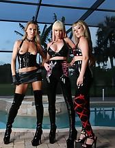 3 Goddess in latex, pic #5