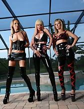 3 Goddess in latex, pic #9