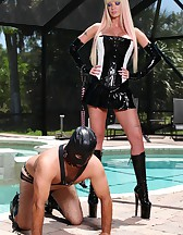 Slave on a leash, pic #9