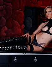 A true domme, pic #13