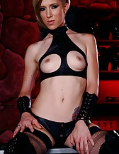 A true domme, pic #7