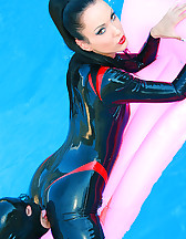 Wet games in shiny black latex, pic #2